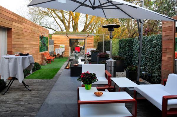 Kleine binnentuin, lang en smal stadstuin tuinaanleg