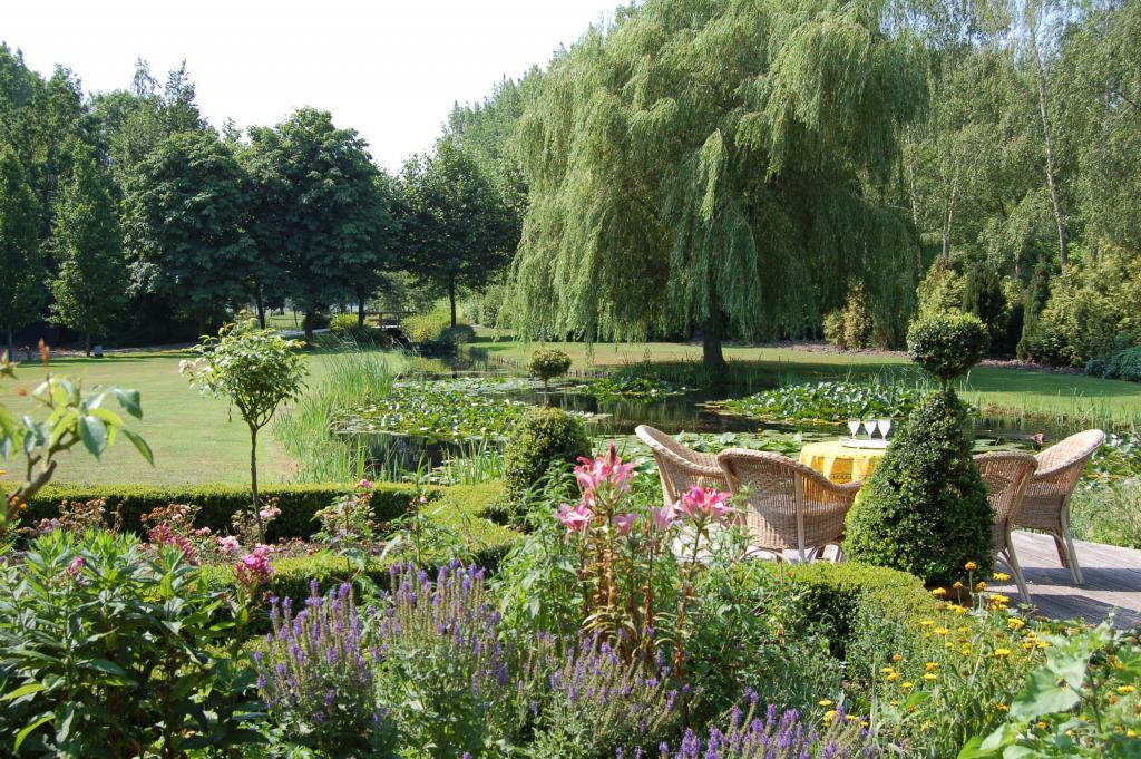 Mooie beelden uit mooie tuinen groent a c bvba for Mooie tuinen voorbeelden